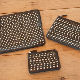 UNDERCOVER - 2011SS STUDS POUCH