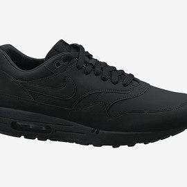 Nike - NIKE AIR MAX 1 ESSENTIAL