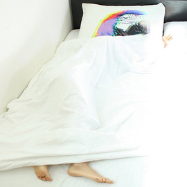 i3Lab - The Animal Mask pillowcase, METAMORPHOSIS ( sleeping parrot )