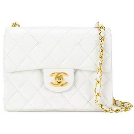 CHANEL - Chanel Vintage quilted crossbody bag
