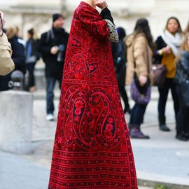 style icon - Ulyana Sergeenko Paris Fashion Week, Fall 2013 Photographed by Phil Oh (via Vogue Street Style)