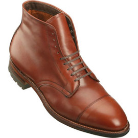 ALDEN - Men's 9 Eyelet Cap Toe Boot Commando Sole Calfskin