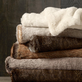 restorationhardware - Luxe Faux Fur Throws