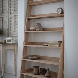 Garden Trading - Large Raw Oak Shelf Ladder