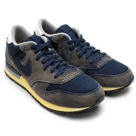 Nike - AIR EPIC VNTG OBSIDIAN