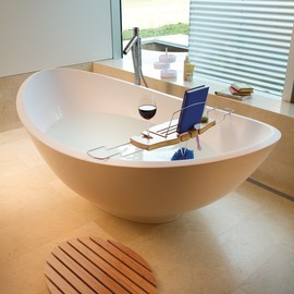 The Umbra Aquala Bathtub