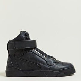 GIVENCHY - Givenchy Women's Leather Hi-Top Sneakers