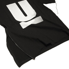 UNDERCOVER - ONEOFF TEE REVOLUTION 33y Limited