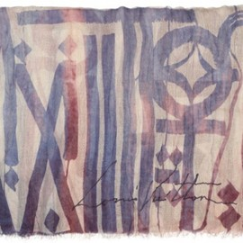 LOUIS VUITTON - Foulards D'Artistes featuring RETNA