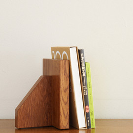 STANDARD TRADE - OREbe-02A   (bookends)