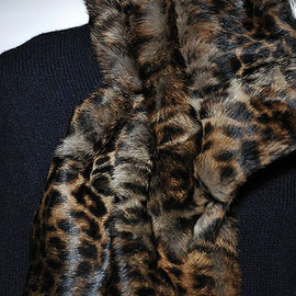 DRIES VAN NOTEN - Fur