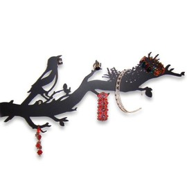 thieving magpie - jewellery holder from Neue Freunde