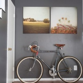 Dark Gray Walls Plus Cool Photos Roomarks