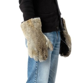 Chari & Co - CHARI & CO NYC FUR GLOVE