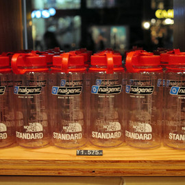 THE NORTH FACE STANDARD - NALGENE WIDE-MOUTH 0.5L BPA FREE Tritan Bottles