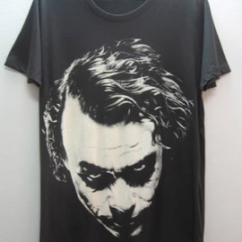 sixwas9ine - Joker Heath Ledger Tribute Vintage T-Shirt