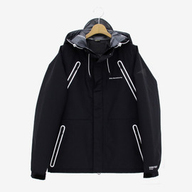 White Mountaineering - White Mountaineering BLK Gore-Tex Pro Shell Wolf Jacket