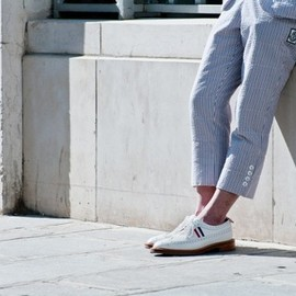 THOM BROWNE - white wingtip brogue shoes