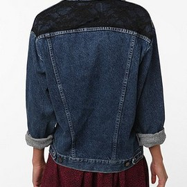 URBAN OUTFITTERS - Urban Renewal Lace Inset Denim Jacket