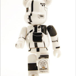 MEDICOM TOY - WORLD WIDE TOUR BE@RBRICK:  ACRONYM