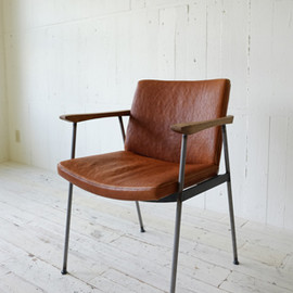 TRUCK FURNITURE - 214. FURROWED-LEATHER ARM DINING CHAIR