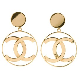 CHANEL - Vintage Logo earrings