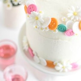Pretty Button Cake
