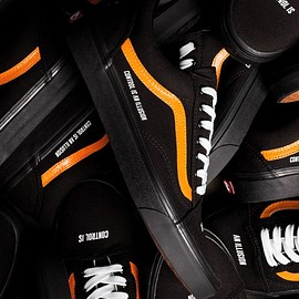 "VANS - Coutie x Vans Old Skool ""Control is an Illusion"""