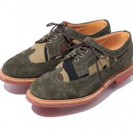 A BATHING APE - MARK McNAIRY 1ST CAMO WING TIP