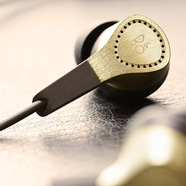 BeoPlay - Bang & Olufsen BeoPlay H3 Golden Edition Headphones