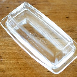 Pyrex - Glass Butter Dish