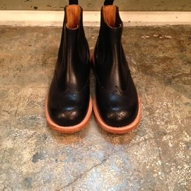 Quilp by Tricker's - Side Gore Boots,Brogue Toe