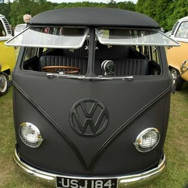 1964 VW Bus race transporter