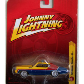 Johnny Lightning - Mad Max  MFP 1971 Chevy Chevelle SS