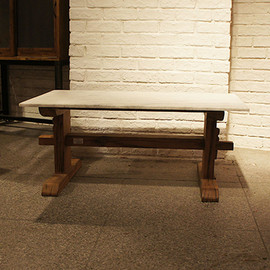 journal standard Furniture - BREDA STONE COFFEE TABLE