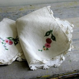 Vintage Pair of Embroidered Linen Placemats