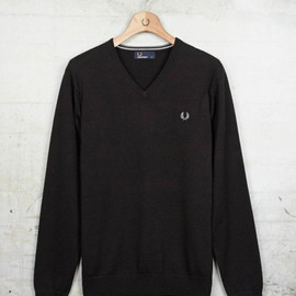 FRED PERRY - V-Neck Sweater