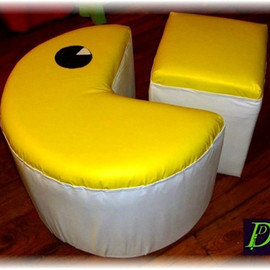 DeutscherDesign - PAC-MAN POUF