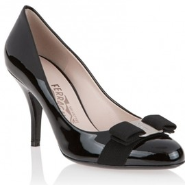 Salvatore Ferragamo - Patent Pump with Vara bow in Black(8.5cmヒール) 1