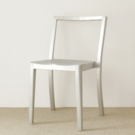 emeco - Icon Chair by Philippe Starck