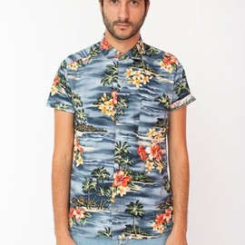 American Apparel - Tropical Short Sleeve Button-Up with Pocket / Scenic Hibiscus