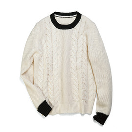 uniform experiment - CABLE CREW NECK KNIT