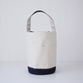 TEMBEA × haus - Bucket Tote Natural×Dark Navy