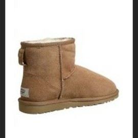 UGG - UGG Classic Mini Stiefeletten #boots #winter #shoes