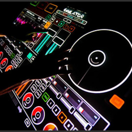 emulator professional multi-touch dj system.