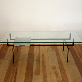graf - Glass Top Table