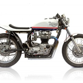 Triumph  - T120 - Deus Ex Machina Custom