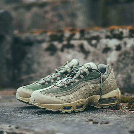 NIKE - Air Max 95 - Natural Olive/Natural Olive/Medium Olive