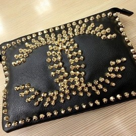 CHANEL - Studded clutch