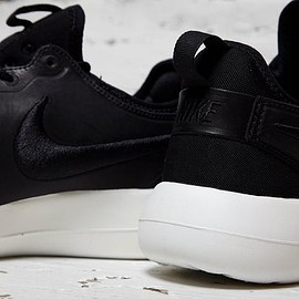 NikeLab - Roshe 2 Leather - Black/White